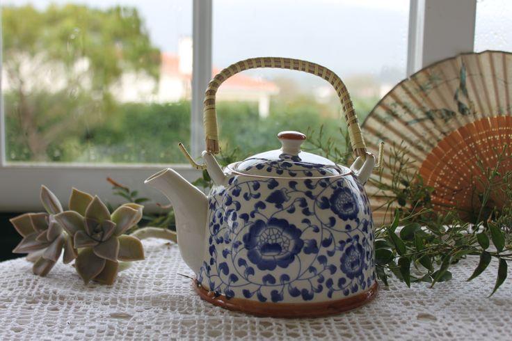 Bule ❀ Cantão - Bule tipicamente oriental, em porcelana e pega  amovível em verga, com design inspirador e decoração tradicionalmente chinesa. Inspired by Lemon