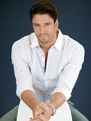 James Scott, from Days of Our Lives... delicious! omg i want him!!!!