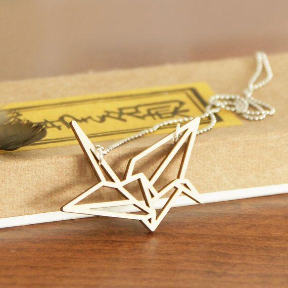 Origami kraanvogel ketting ~ Lasercut uit berken hout ~ Geometrische hanger ~ In cadeauverpakking