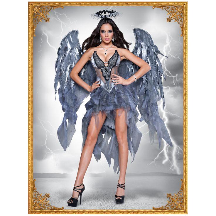 COSTUME CONFIDENTIAL REF: 8035 ANGEL NEGRO ELITE Traje en satin, organza y chiffon con detalle y bordados especiales. Trae la corona. Las alas son hechas en satin, organza y chiffon con detalles de plumas de imitación y brillo. (Joyería no incluida). PRECIO COLOMBIA: 365.000