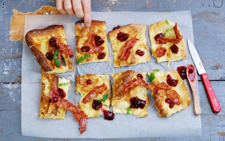 Ugnspannkaka med bacon & lingon