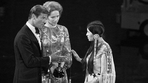 Sacheen Littlefeather bij de Oscars (27 maart 1973)