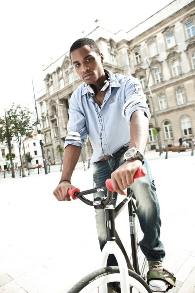 #Devergo S/S 2012 Lookbook: Cycle and #denim #jeans.