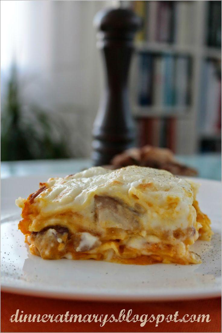 Come mangerei volentieri adesso questa lasagna, penso che leccherei anche il piatto! Invece mi tocca mangiare solo tempestine, frullati, yo...