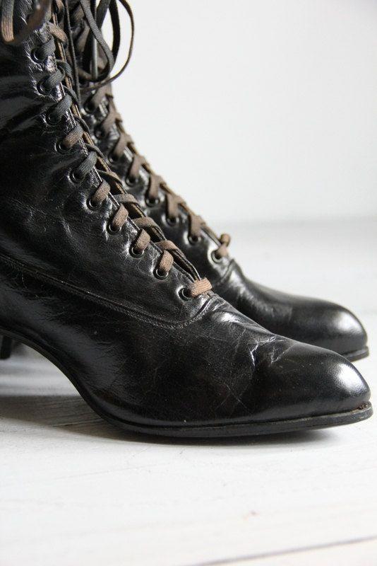 antique women's edwardian shoes by wretchedshekels on Etsy, $69.00