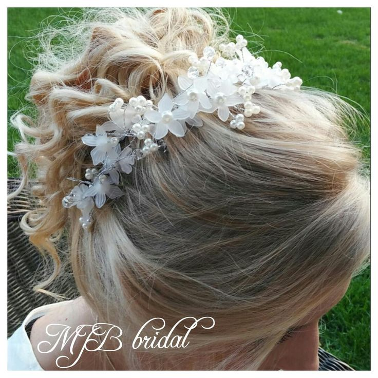 1000 Ideas About Flower Crown Hair On Pinterest: 1000+ Ideas About Flower Tiara On Pinterest