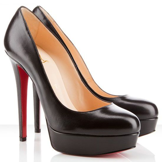 Louboutin's classic pumps. My new wish list ^^