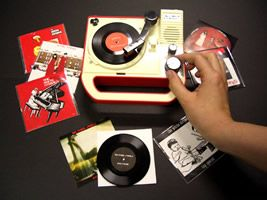 Triple Inchophone plays 3-inch records and doles out street cred