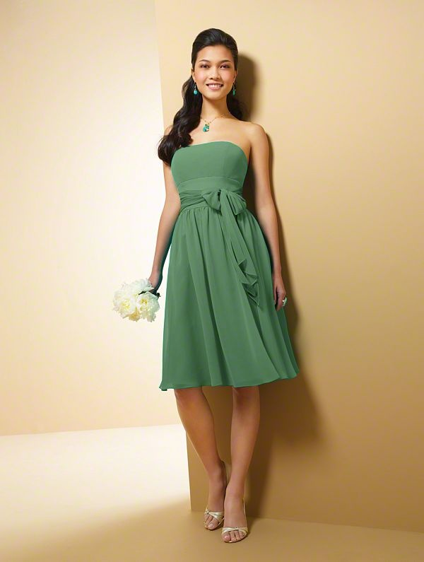 Green Bridesmaid Dress... Either Clover or Forest :)  Wedding ...