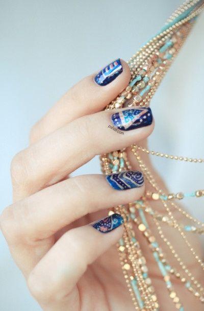 Pretty nails www.brayola.com
