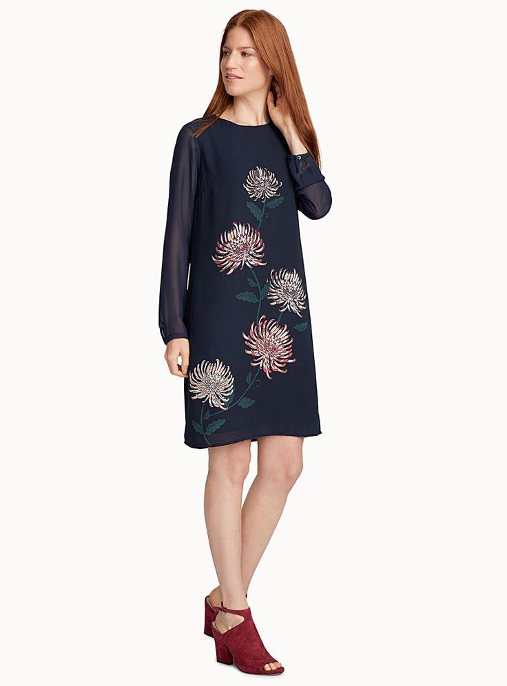 La robe crêpe éclosion florale | Contemporaine | Magasinez des Robes de bureau | Simons
