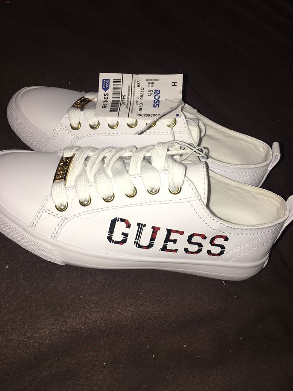 Guess shoes for Sale in La Habra