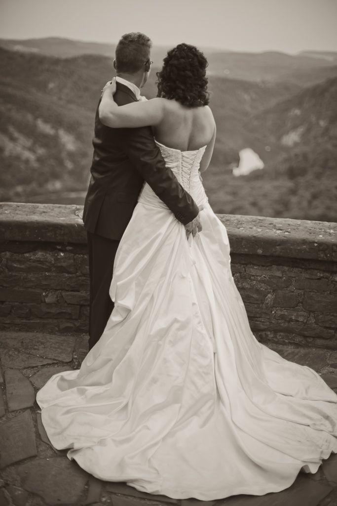 by JenzFlare People- und Hochzeitsfotograf Saarbrücken, Germany #wedding #bride #dress #tuxedo #Cloef #Saarschleife