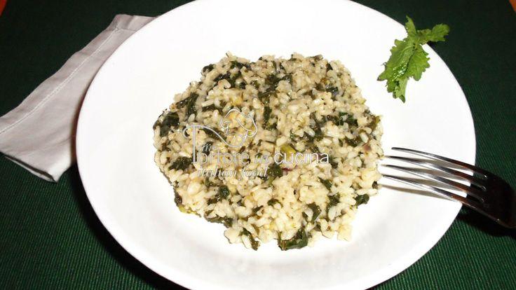 Risotto ai friarielli  La ricetta qui: http://www.duetortoreincucina.com/it/recipes/italiano-risotto-ai-friarielli/