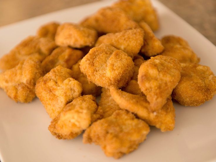 Homemade Chicken Nuggets Recipe : Melissa d'Arabian : Food Network - FoodNetwork.com