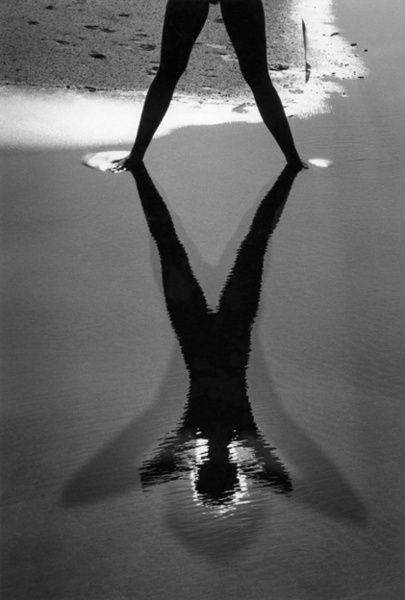 Ombre sur la plage - Lucien Clergue Camargue, 1966