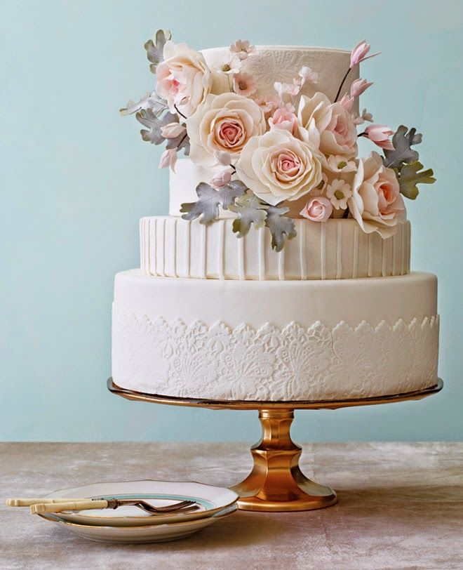 Vintage Lace Cake Design : 1000+ ideas about Lace Wedding Cakes on Pinterest ...