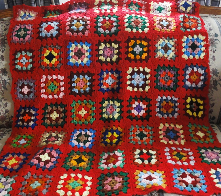 Inspiration: Vintage Red Granny Square Afghan via Etsy.