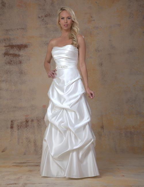 Balletts Bridal - 18595 - Wedding Gown by Venus Bridals - Venus W/G VN6742