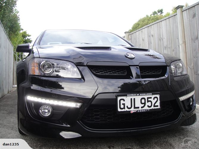 Holden HSV Clubsport R8 2011 | Trade Me