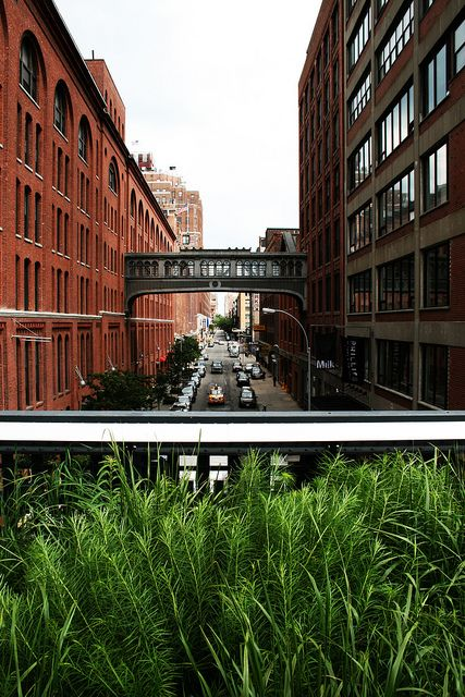 Even in April showers, the High Line is our go-to spot for a quiet, picturesque break. Sit on a bench and read a book or enjoy a slow stroll (a New York rarity!).