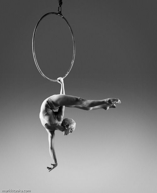 flawless lyra. There need to be more photos of PoC circus performers.