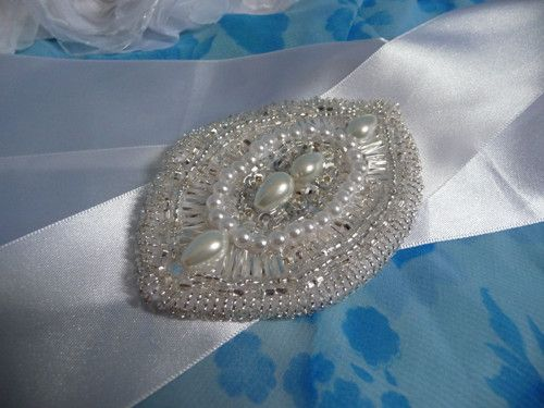 Opasková brož - stříbrná kapka