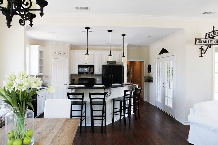 Chip joanna gaines fixer upper google search home for Chip and joanna gaines houses for sale