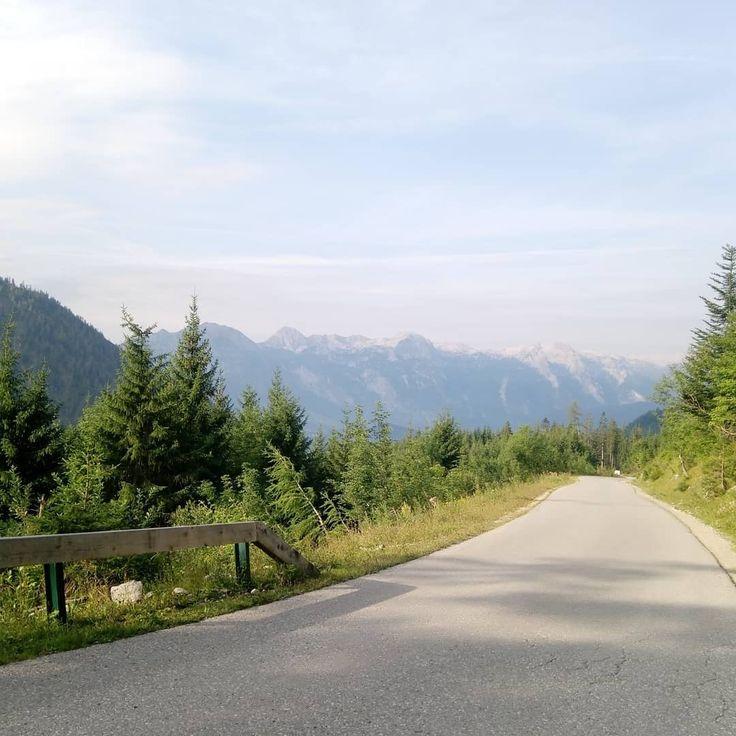 Day 2 Postalm Rossfeld Panoramastrasse Obersalzberg Walchsee Tegernsee Garmisch Partenkirchen Schloss Linderhof Plansee Fuss In 2020 Country Roads Road Country