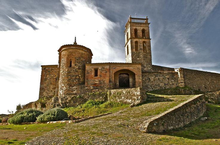 Castillo de ALMONASTER LA REAL (HUELVA, Spain)