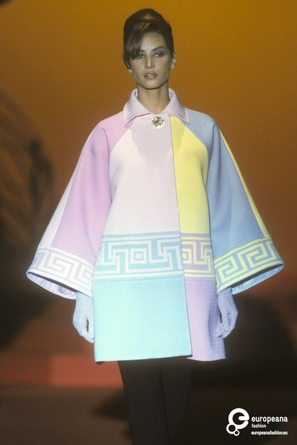 Christy Turlington - Gianni Versace, Autumn-Winter 1991, Couture