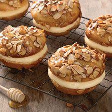Mini Bee Sting Cakes/King Arthur Flour http://www.kingarthurflour.com/recipes/mini-bee-stings-recipe?go=EM130708J5_source=EM130708_medium=email_content==5564200=Mjk5ODM4MzUyOTMS1=324786359=MzI0Nzg2MzU5S0