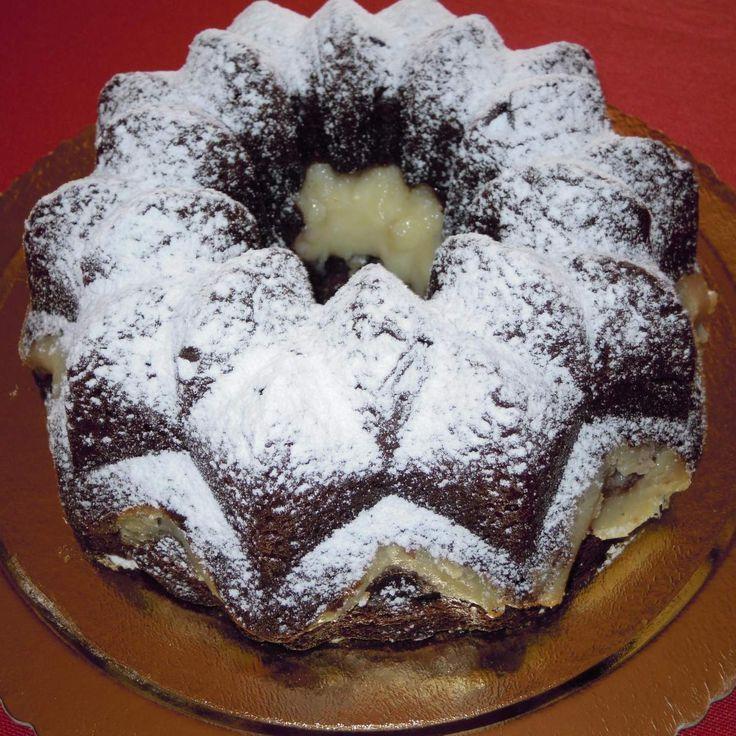 Ricetta CIAMBELLA AL CIOCCOLATO CON CUORE DI CREMA AL RUM pubblicata da isacaracciolo - Questa ricetta è nella categoria Prodotti da forno dolci