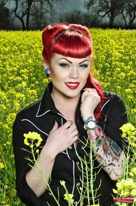 die 25 besten ideen zu rockabilly t towierungen auf pinterest rockabilly tattoo designs pin. Black Bedroom Furniture Sets. Home Design Ideas