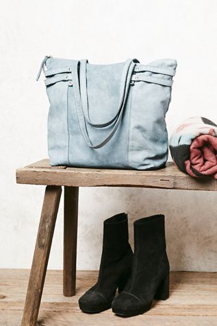 Free People Vicenza Leather Tote | perfect tote for shopping or a weekend getaway: