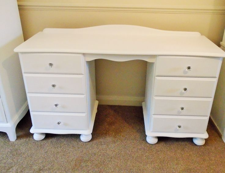 Gorgeous Solid Pine Dressing Table £145  8 Drawers  White  Crystal Handles  Bun Feet   Length: 126cm  Height: 70cm  Depth: 42cm  Collection Benfleet  Free local delivery