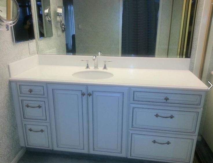 Starmark White With Nickel Glaze On The Augusta Door Style