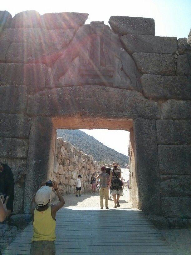 Porte des Lions de l'acropole de Mycènes