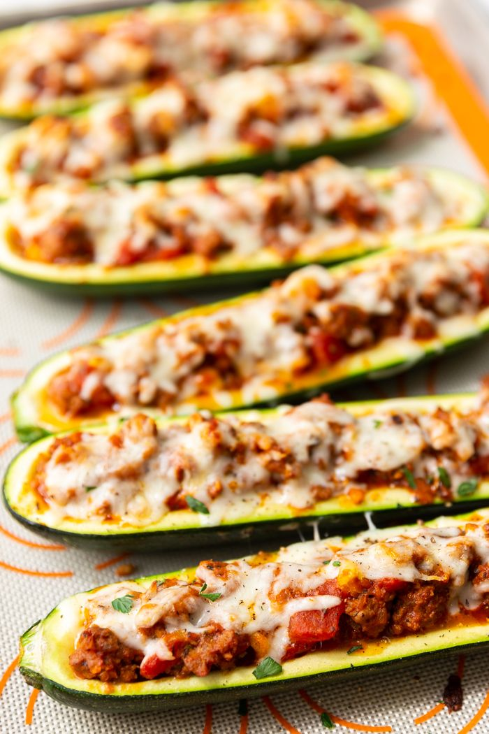 Beef Stuffed Zucchini Boats Low Carb Easy Peasy Meals Recipe Zucchini Boat Recipes Recipes Zucchini Boats