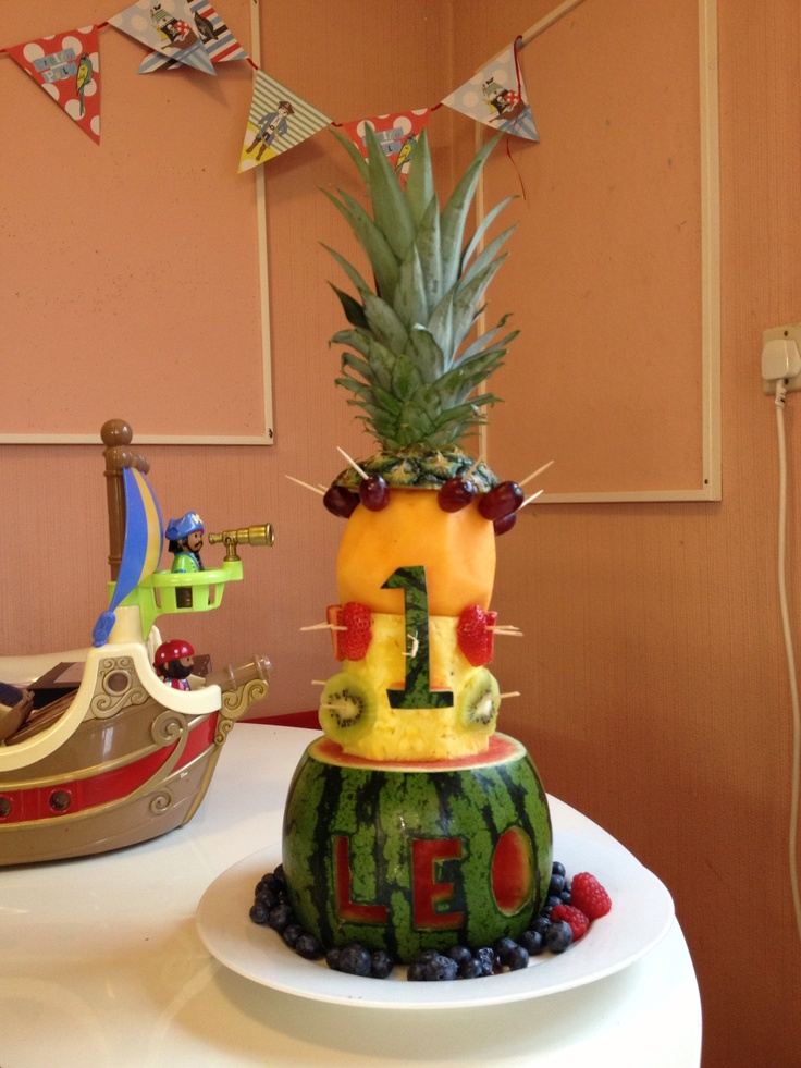 Cake With Fruit Names : First birthday  fruit cake ! Soooo easy! Only slightly ...