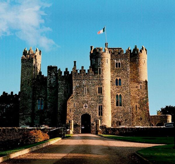94 best lucas vampires in america images on pinterest for Kildare castle