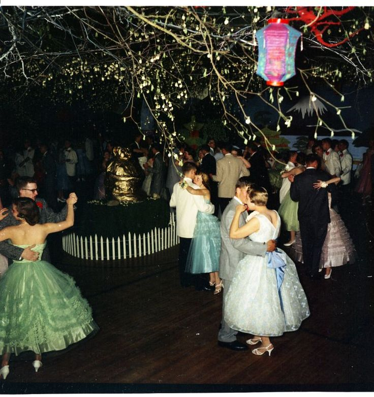 This gorgeous 1950s prom had some lovely dresses.  Look at the mint green number with tulle ruching!