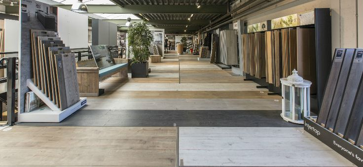 Onze showroom van meer dan 1.000 m² bij #LaminaatOutlet