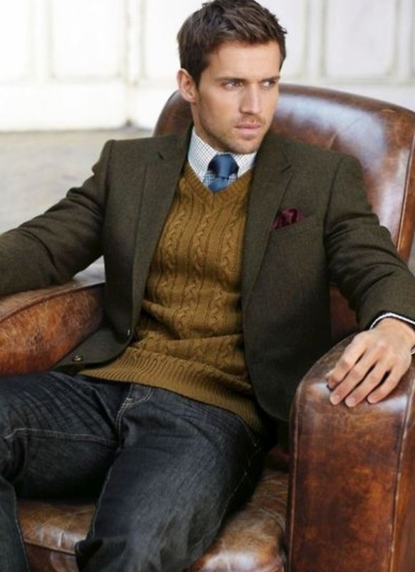 Mastering smart-casual dress codes just got easier thanks to our selection of blazers and waistcoats. Choose from a range of single-breasted blazers, tweed waistcoats and dinner jackets .