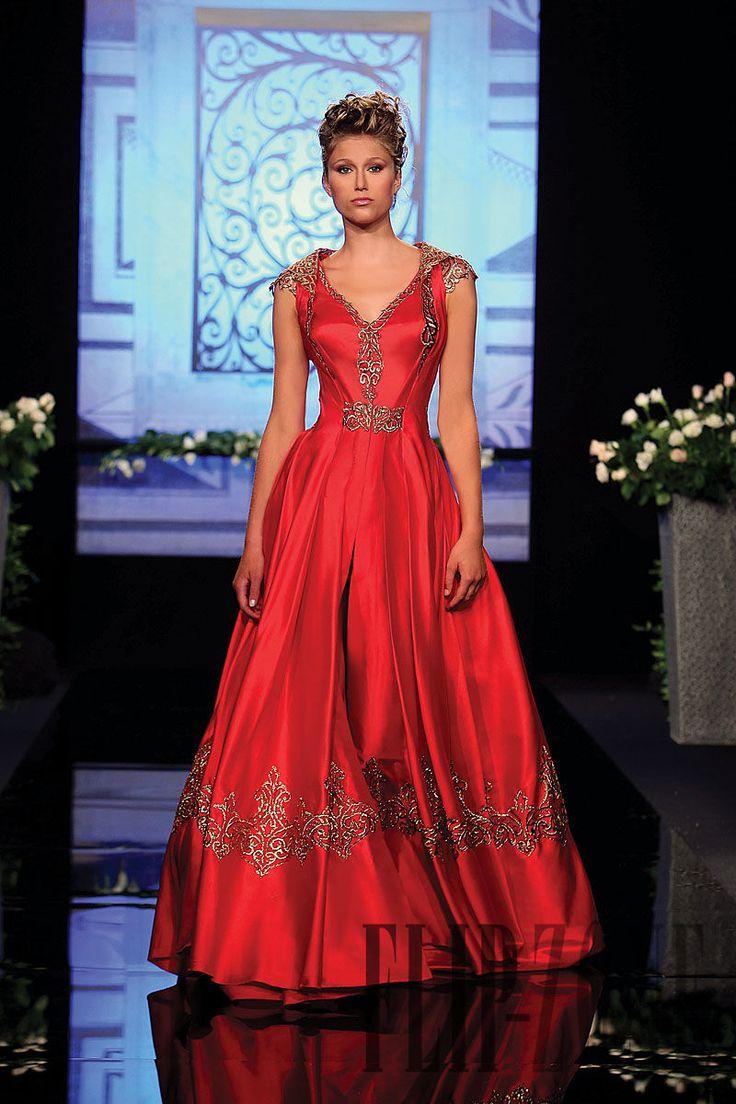 Randa Salamoun Fall-winter 2009-2010 - Couture - http://www.flip-zone.com/fashion/couture-1/independant-designers/randa-salamoun-1031