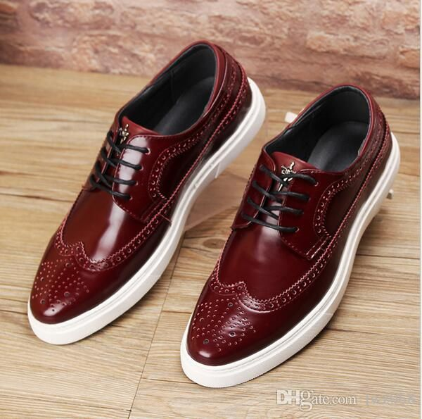 Hombres Zapatos de cuero genuino Pisos casuales 2017 Nuevo estilo Hombres Oxford Zapatos Marca Vintage tallado Brogue Mocasines Zapatos Zapatos Hombre   – Men's Accessories