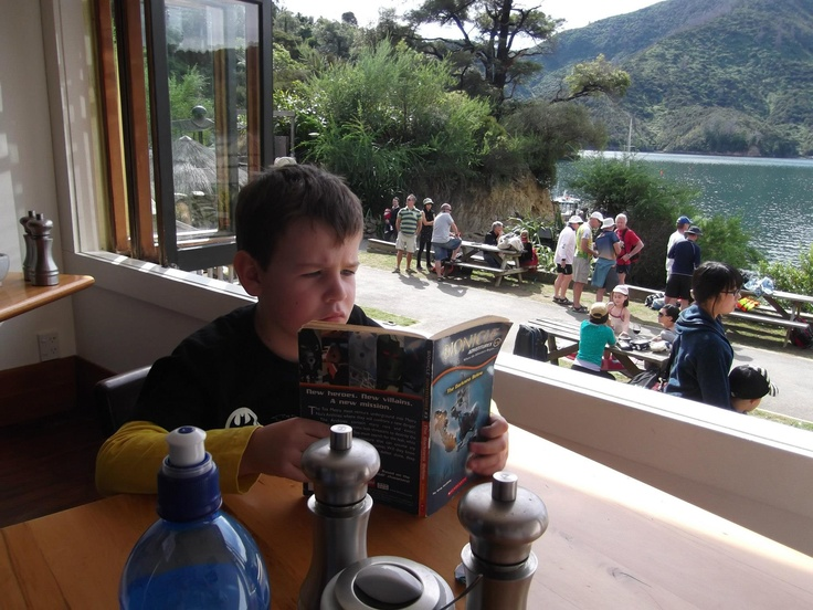 Lochmara - Time to chill whilst waiting for a great meal.