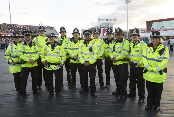 how to become a police officer uk manchester