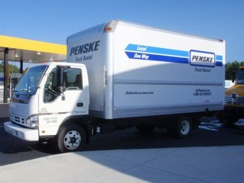 Rental Trucks For Moving >> 7 Tips for Personal Moving Truck Rentals | Moving truck rental