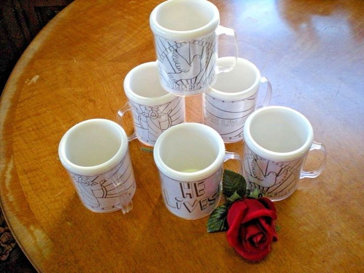 Six Easter Plastic MUGS - Color Your Own Easter Picture Mugs w/Crayons & Pencils